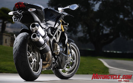 The S version of the Streetfighter is upgraded with Ohlins suspension, special wheels and carbon fiber bits. Unseen is the S�s traction-control system.