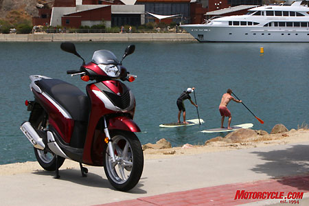 Used for commuting or recreation, the Honda SH150i is sure to please. Note: Honda scooters do not float.