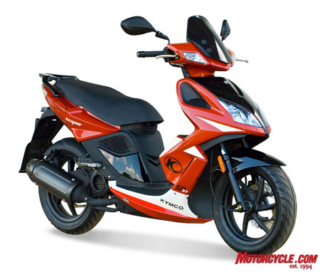 Kymco decided to build a more powerful two-stroke version of the sporty Super 8 50.