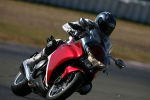 Paint appears rich and deep, just another example of the VFR's top-quality finish and details.