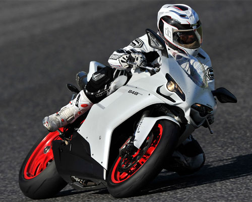Ducati 848 Mid-Sized Superbike - Motorcycle.com