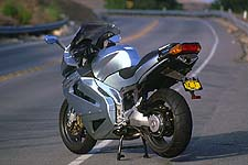 At the heart of the beast lies a motor whose bloodlines are pure RSV Mille. The frame is similar as well, though the single-sided swingarm is unique to the Futura.