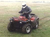 ATV Test: 1998 Arctic Cat 300 2x4 and 4x4 - Motorcycle com