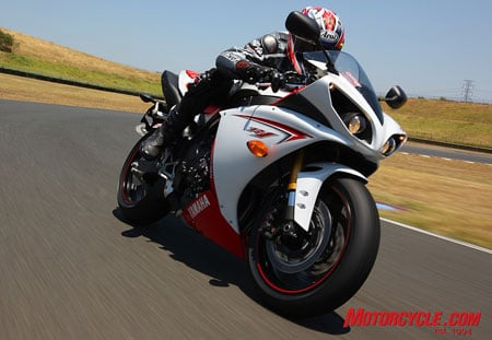 Yamaha�s 2009 R1 is ready to do battle against any of its literbike rivals.