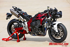 Other than the brake calipers, pretty much everything you see here is new to Yamaha�s R1.