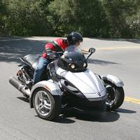 The Spyder can be thrown into corners with abandon, thanks to the steadiness of three wheels and electronic stability control.