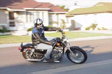 The littlest Harley is easy to ride around town, thanks to its compromise between stable-cruiser and nimble-standard.