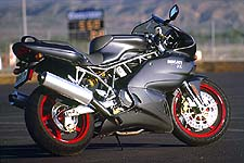 As the corners open up and speed increases, the Ducati comes more into its own, maintaining that high-speed stability Ducatis are famous for.