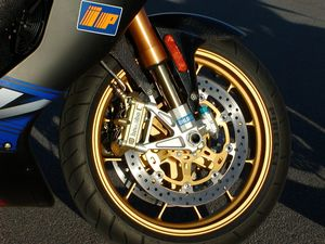 Come to think of it, those external compression-stack deals on the Ohlins fork are new too.