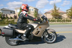 "The ""standard"" riding position is extremely comfortable, while offering excellent control."