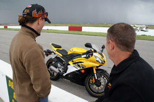 In between rain clouds, we watched Team Invisio prep our R6.