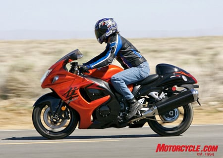 Clip-ons mounted below the triple clamp and a slightly farther reach may equate to a more efficient aero tuck, but also means a more uncomfortable ride as compared to the Ninja during freeway stints.
