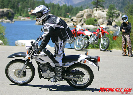 The Hunchback of Santa Clarita gives us a look at the Yamaha in high-troll motion.