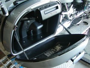 That's not the jet-ski engine btw, it's the CD player riding an air cushion mount.