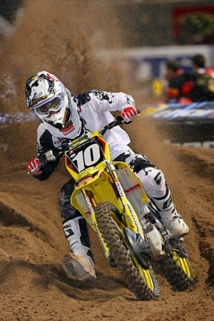 Ryan Dungey took advantage of a Jake Weimer crash to win in the Lites class.