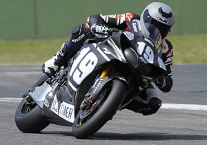 Ben Spies will be the lone American in the 2009 World Superbike Championship.