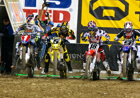 James Stewart (#1) had a difficult race following a hard crash during qualifying. Meanwhile Ryan Dungey (#5) was able to capitalize, jumping to an early lead in the championship.