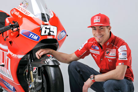 Nicky Hayden will swap in his Desmosedici for a Streetfighter to drag race against other Ducati racing stars such as Troy Bayliss and Noriyuki Haga at World Ducati Week 2010.