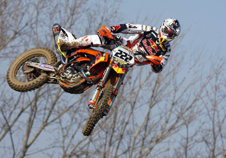 Tony Cairoli was victorious in the KTM 350SX-F's debut race.