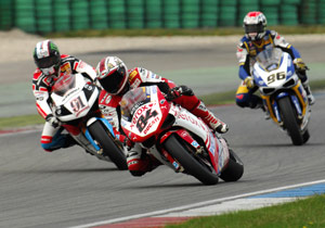 Shifting problems cost Michel Fabrizio a podium spot to the benefit of Leon Haslam and Jakub Smrz