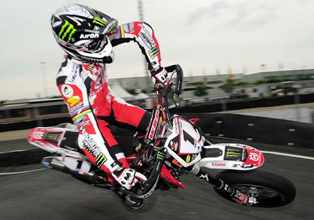 Speed2 will supplement Speed TV and air racing series such as the FIM Supermoto World Championship.