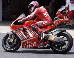 Casey Stoner's first impressions of the Desmosedici GP9 have been very positive.