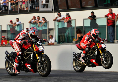 Noriyuki Haga (left) beat Nicky Hayden in the final round of the Streetfighter drag race competition at World Ducati Week.