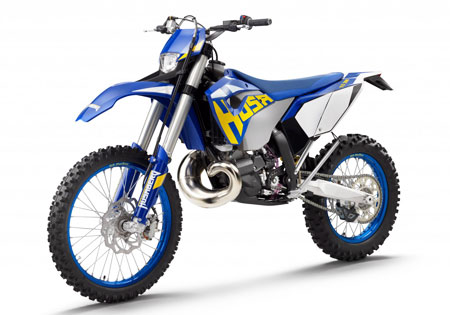 The TE models as well as the four-stroke FE bikes will use a new closed cartridge fork Husaberg first used in the 2010 FX450. Photo by Mitterbauer H.