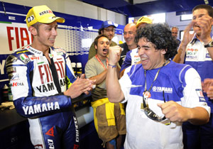 Valentino Rossi got some support before the race from soccer legend Diego Maradona.