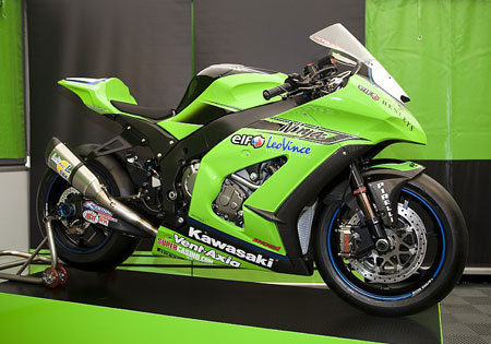 The 2011 Kawasaki Ninja ZX-10R Superbike was unveiled in Germany. The production model will be launched at the Intermot show in October.