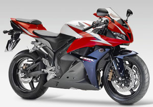 According to Honda, engine improvements should give the 2009 CBR600RR more midrange torque.