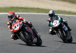 Noriyuki Haga (left) keeps ahead of Max Biaggi on his way to his first of two wins at Vallelunga.
