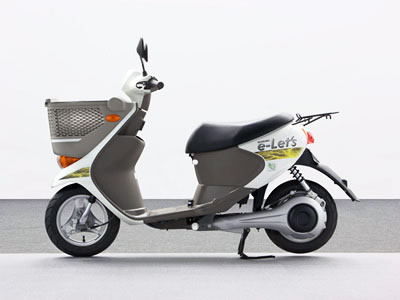 The Suzuki e-Let prototype is currently undergoing real-world testing in Hamamatsu.