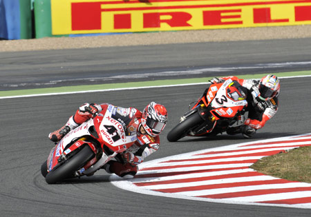 A pair of podium finishes behind Noriyuki Haga (41) helped Max Biaggi (3) move back into fourth in the championship standings.