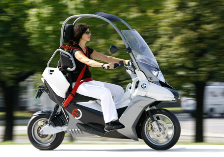 Scooter  Motorcycles on Bmw C1 E Electric Scooter Concept  Video    Motorcycle Com News