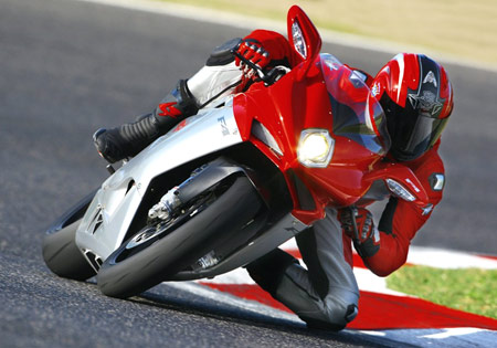 MV Agusta says the new 2010 F4 is 22 lb. lighter than the 2009 model.