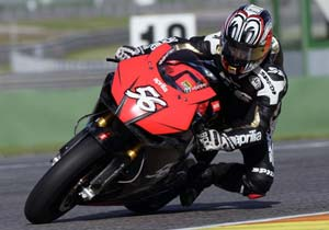 Shinya Nakano completed 141 laps in his first test on the Aprilia RSV4.