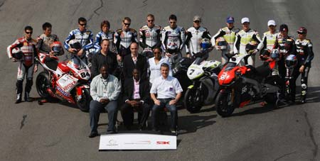 Paul Mashatile, Premier of the South African province of Gauteng, met with the riders before the final day of testing began.