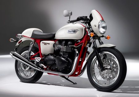 The 2010 Triumph Thruxton SE is expected to arrive in North America in the spring.