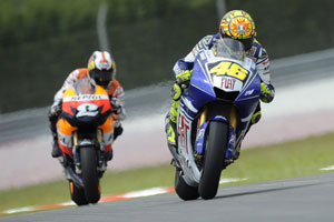 Every MotoGP rider will be using Bridgestone tires in 2009.