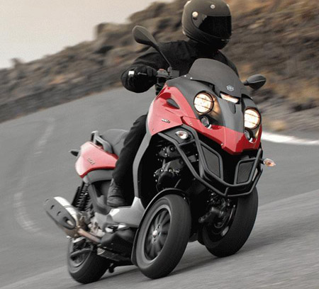 The new 500cc version of Piaggio's ground-breaking scooter looks aggressive and fun.