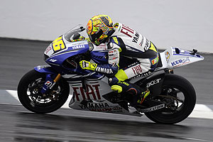 Valentino Rossi can win his sixth MotoGP championship with a podium finish at Motegi.