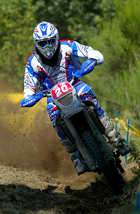 Joel Smets in action at the eighth and final round of the 2007 World Enduro Championship in Noirétable, France; Joel and the 450cc sports enduro.